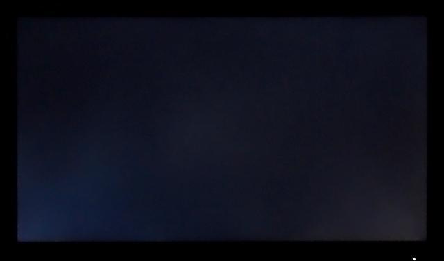 Philips 234E5QSB – Равномерность подсветки (чёрный экран)