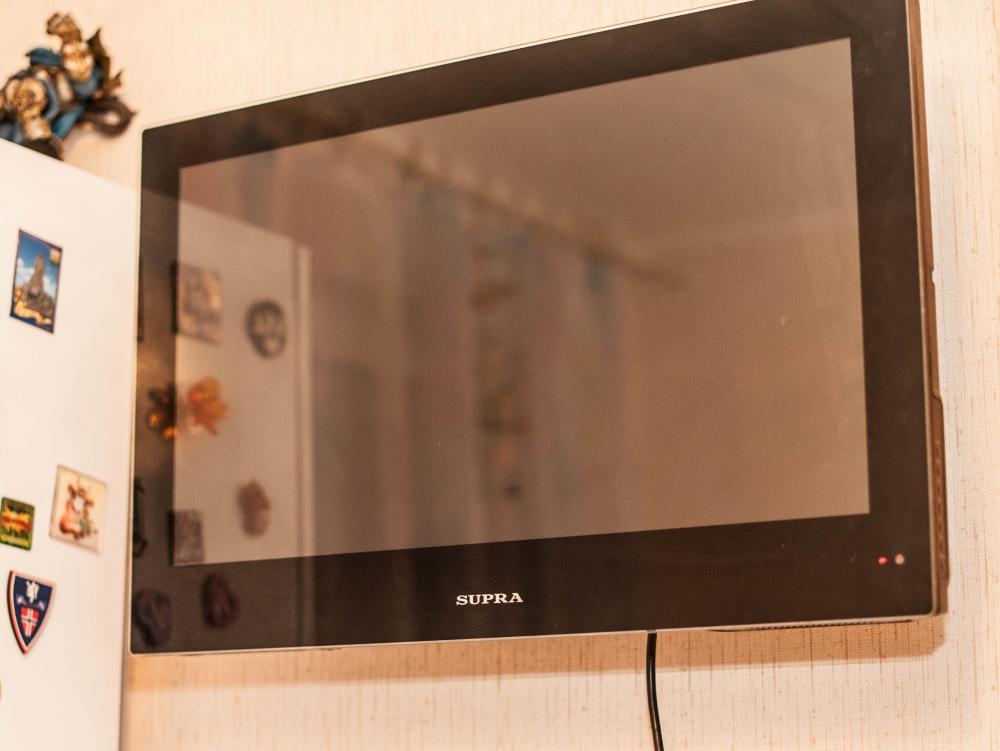 Кронштейн KROMAX GALACTIC-9, телевизор