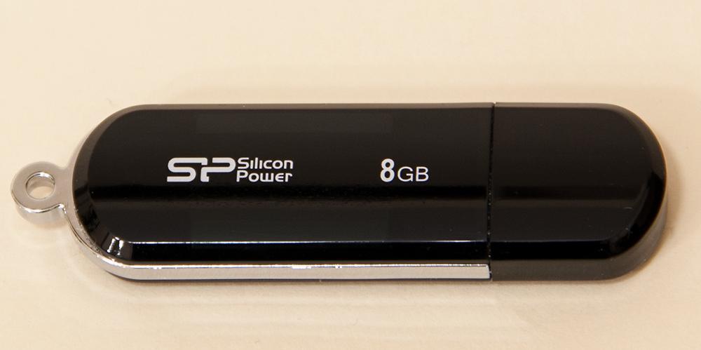 SP LuxMini 322 - USB Flash drive