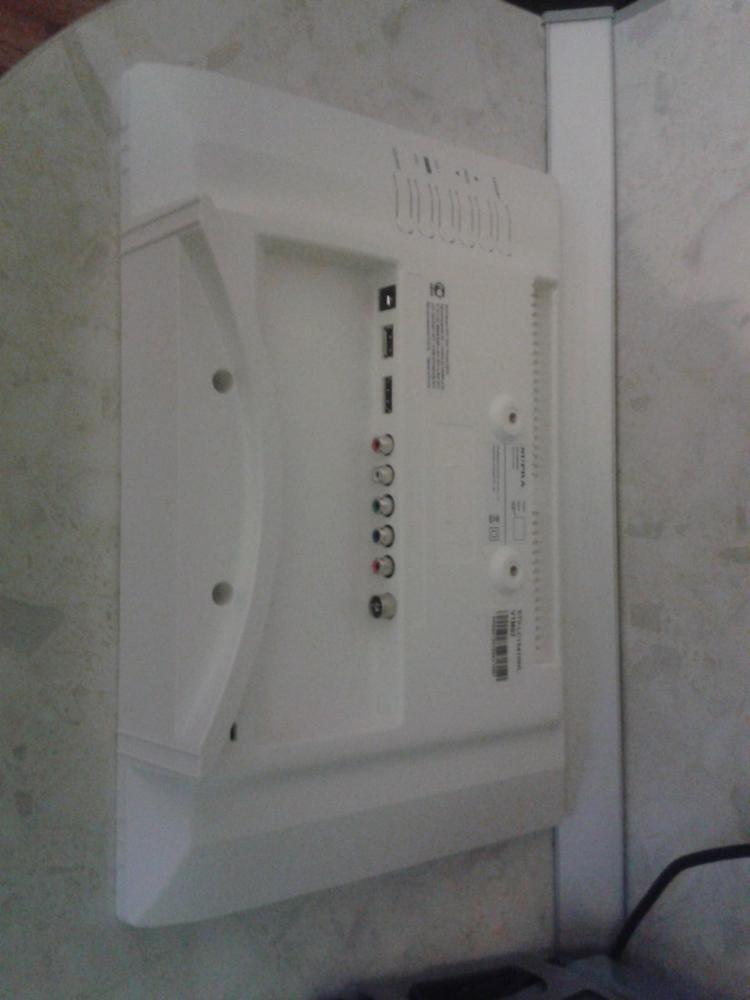 Разъемы и интерфейсы Антенный вход: IEC75 Разъемов HDMI: 1 Разъемов USB: 1 Разъем компонентный: 1 Разьем стерео аудио: 1