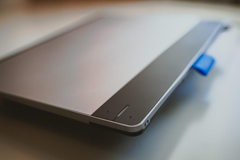 Планшет WACOM Intuos Pen&Touch_функциональные кнопки