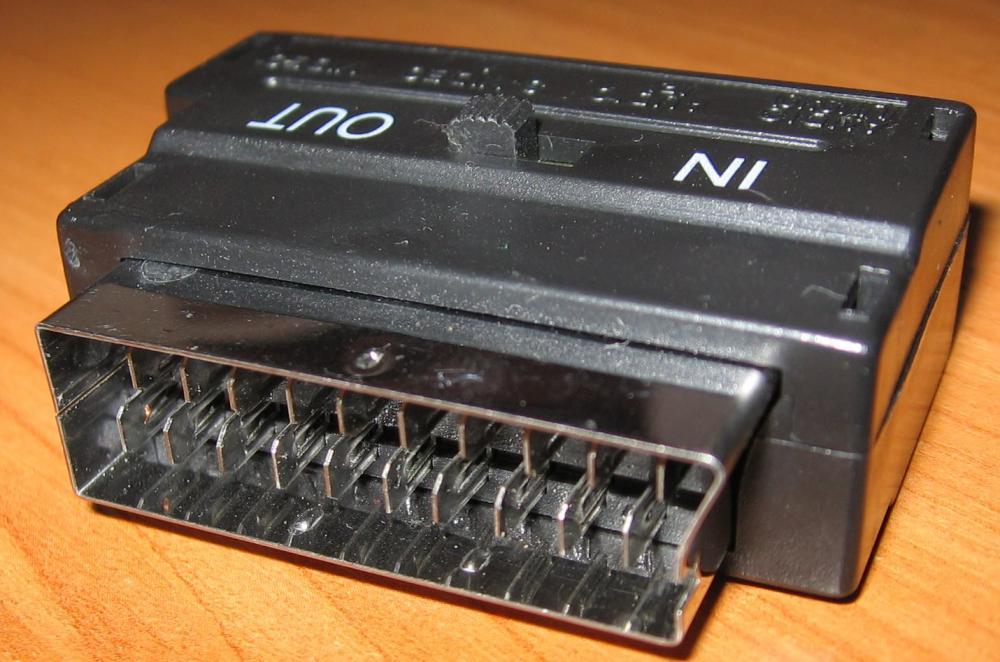 Переходник SCART-RCA