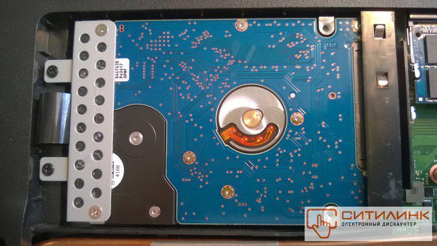 HITACHI Travelstar 7K1000 HTS721010A9E630 уставлен в ноутбук MSI GP70