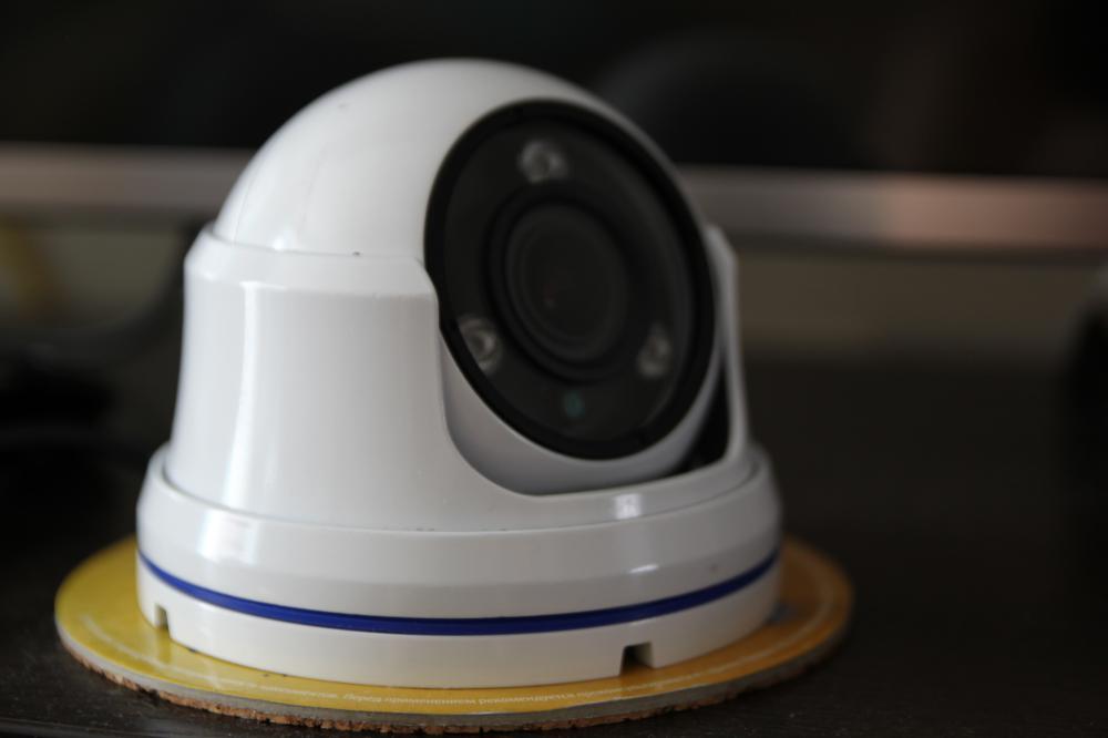камера1