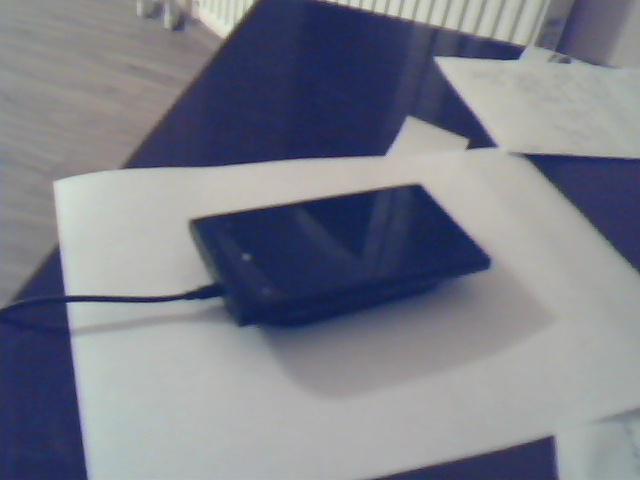 Беспроводная зарядк с телефоном Nokia Limia 920