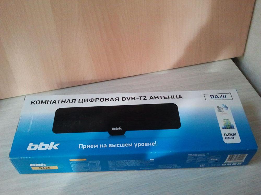 Антенна BBK DA20 в упаковке