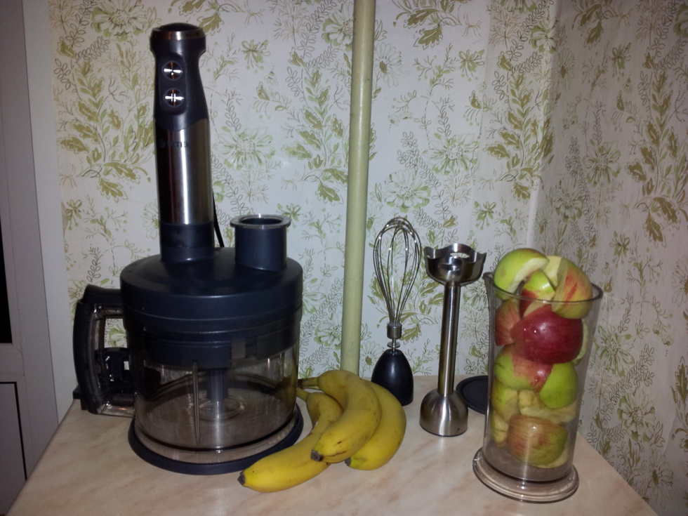 Загрузим яблоки и бананы