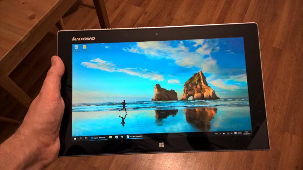 Lenovo MIIX2 11 в режиме планшета
