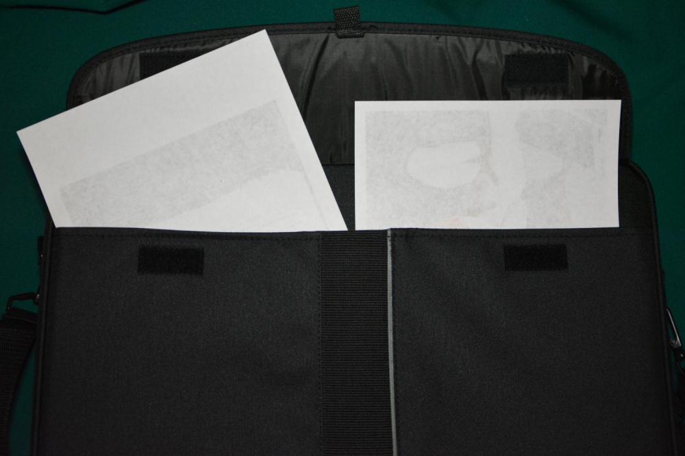 HAMA H-23847 18.4'' внешний карман на 2 липучках