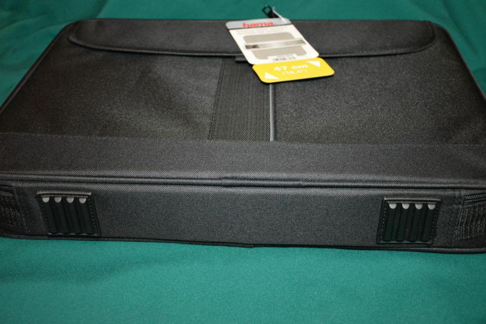 HAMA H-23847 18.4'' вид снизу, дно и ножки
