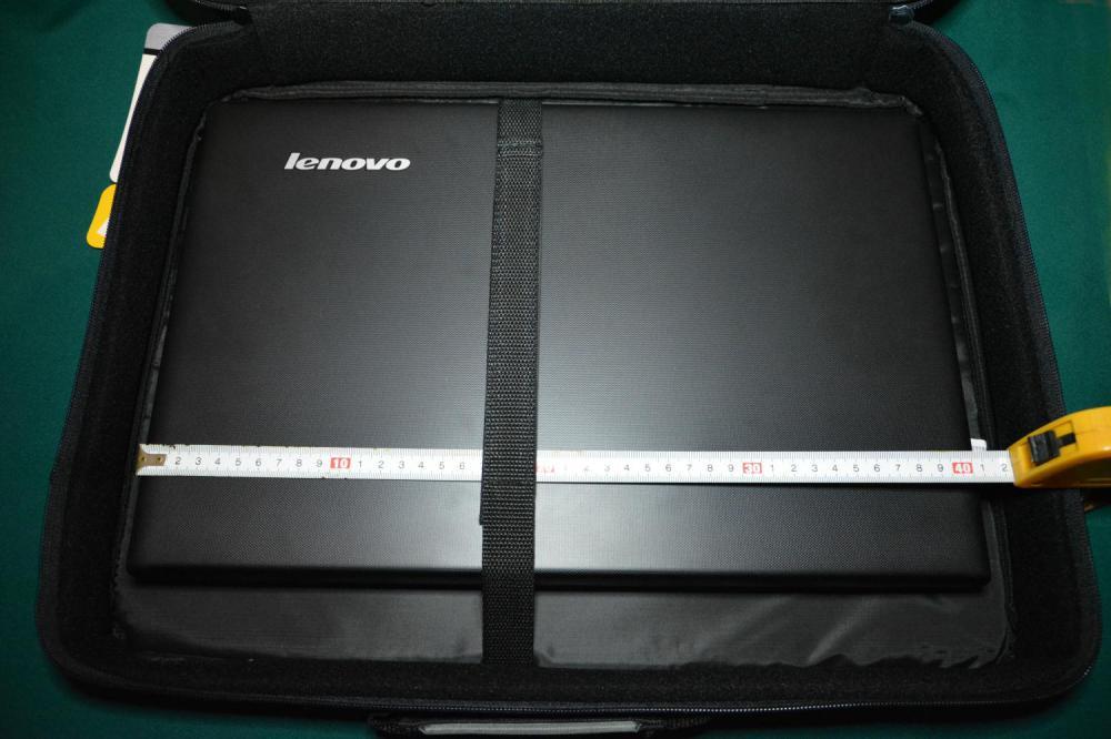 HAMA H-23847 18.4'' с ноутбуком внутри