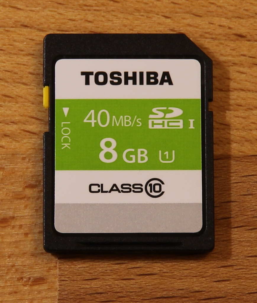 SD-T008UHS1 card front