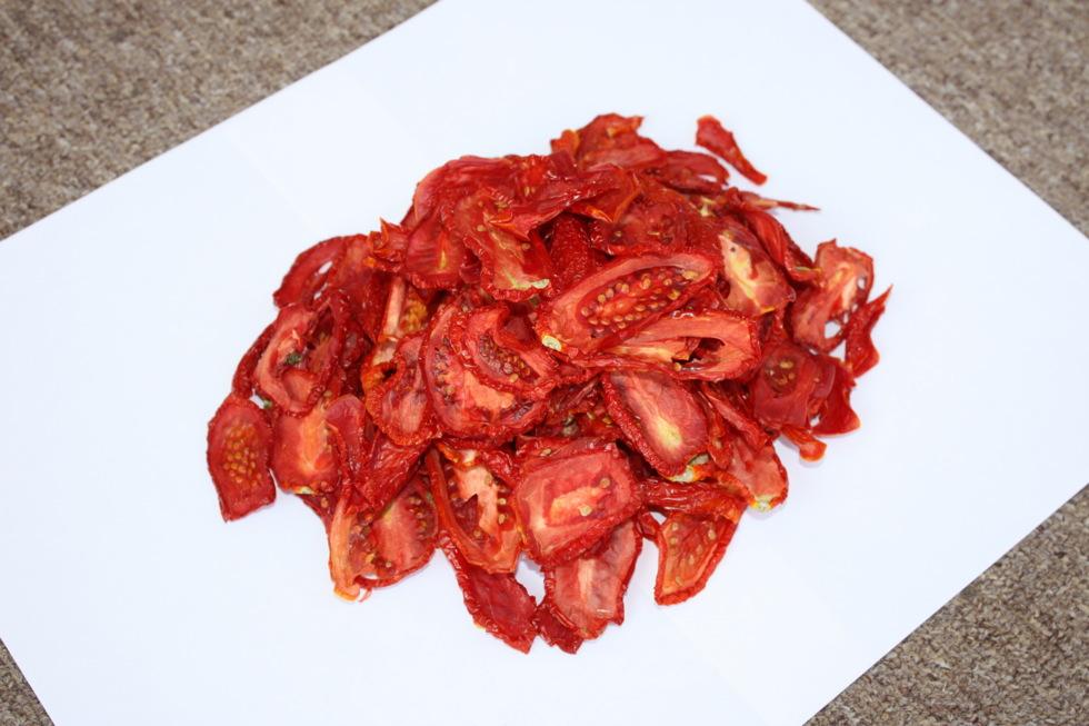 Сушеная помидора - на удивление вкусная вещь...
